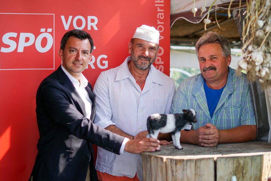 Tiertransporte abschaffen: Martin Staudinger, Benno Feldkircher und Rudi Längle präsentieren Vorschläge für mehr Tierwohl.